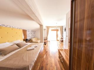 apartment01-01